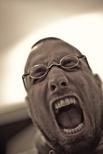 歯を磨かなくても虫歯にならない人が憎い