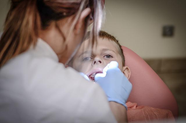 歯医者で奥歯麻酔して治療してもらったんだが